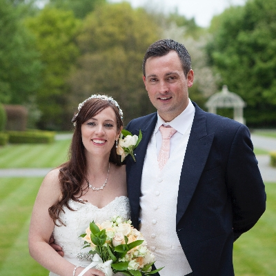 We get some top photography tips from Essex wedding photographer Carruthers and Hobbs