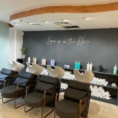 Chelmsford has a new blow-dry bar